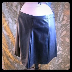 Delia's cute pleather /leather skirt zipper side